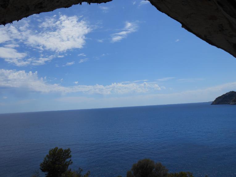 Ausgang Höhle Arta